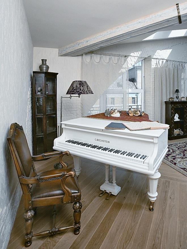 Белый рояль в интерьере фото